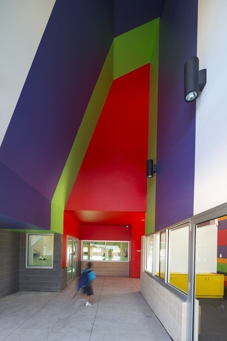 E拓建筑网-Dallas-Brooks-Community-Primary-School-by-McBride-Charles-Ryan_09.jpg